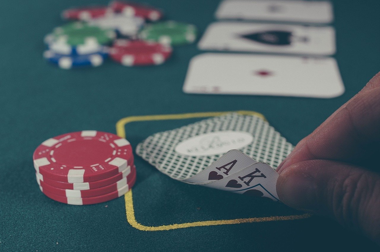 Why gamblers are addicted to gambling? What are the benefits of it?